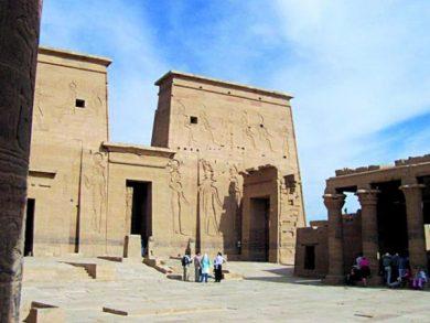 Photo of مصر: 18 ألف مرشد سياحي يعانون البطالة