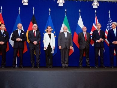 Photo of الاتفاق النووي الإيراني.. خمس سنوات من الشكوك والوعود