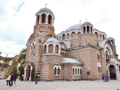 Photo of تحويل 329 أثراً تركيا ب18 بلداً إلى كنائس