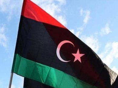 Photo of ليبيا: احتجاجات الشرق تطيح بحكومة الثني