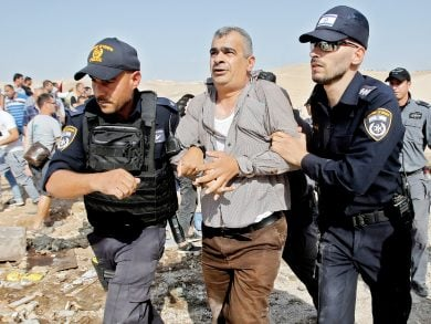 Photo of الاحتلال يواصل حملات اعتقال الفلسطينيين