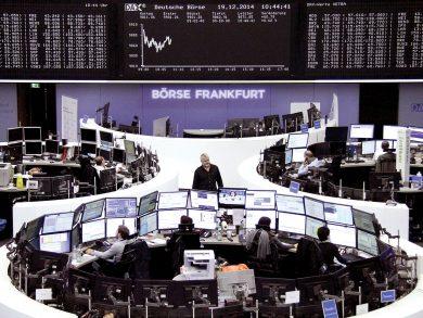 Photo of الصحة والعقارات تهبطان بالأسهم الأوروبية