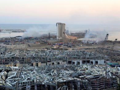 Photo of فريق البحث القطري يعثر على أول ضحايا انفجار بيروت