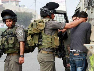 Photo of اعتقالات إسرائيلية بالضفة وتوغل في غزة