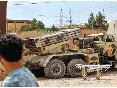 Photo of الإمارات أقامت جسرًا جويًا لنقل الأسلحة لحفتر