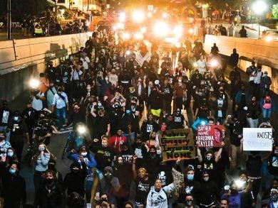 Photo of أمريكا: تواصل الاحتجاجات المناهضة للعنصرية