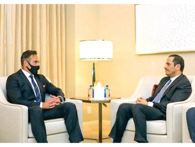 Photo of نائب رئيس الوزراء يجتمع مع المبعوث الأمريكي لشؤون الرهائن