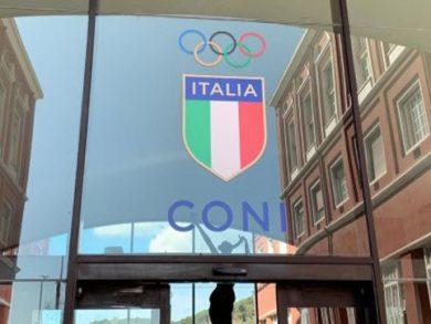 Photo of اللجنة الاولمبية الايطالية تحذر من عقوبة الايقاف بسبب التدخل الحكومي