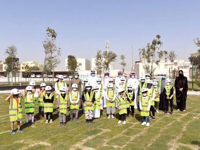 Photo of سكان منطقة العب يزرعون الأشجار بمشاركة 26 طفلًا