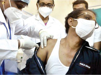 Photo of غوتيريش يدعو إلى التضامن لتوفير اللقاحات