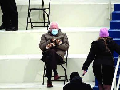 Photo of صانعة قفازات ساندرز: آسفة ليست للبيع