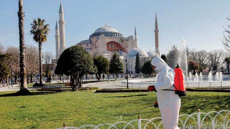 Photo of تركيا: رفع قيود كورونا تدريجيًا أول مارس