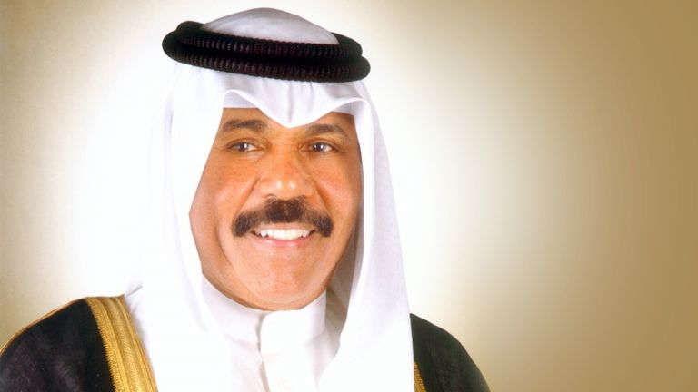 Photo of أمير الكويت يُصدر مرسومًا بتشكيل الحكومة الجديدة
