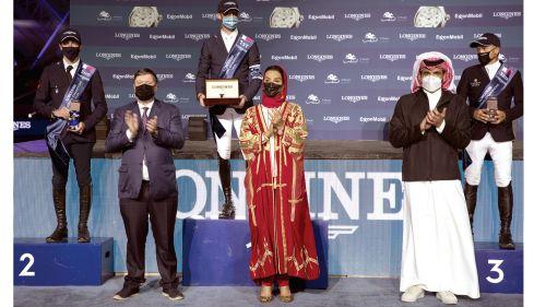 Photo of البلجيكي نيلز يفوز بالجائزة الكبرى للونجين العالمية