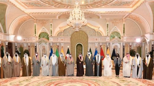 Photo of الحكومة الكويتية الجديدة تؤدي اليمين الدستورية